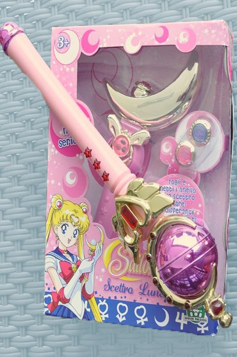 Sailor Moon - My sister and I totally had these. SO sad that I don't know where they are.... :(