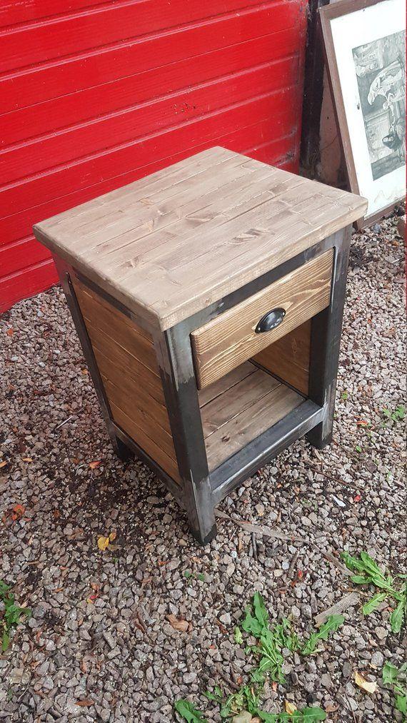 ensemble de tables de chevet industriel etsy furniture. Black Bedroom Furniture Sets. Home Design Ideas