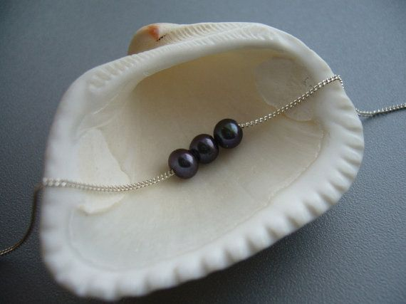 Dark Pearl Necklace in Silver Freshwater Pearl by CaratStudio