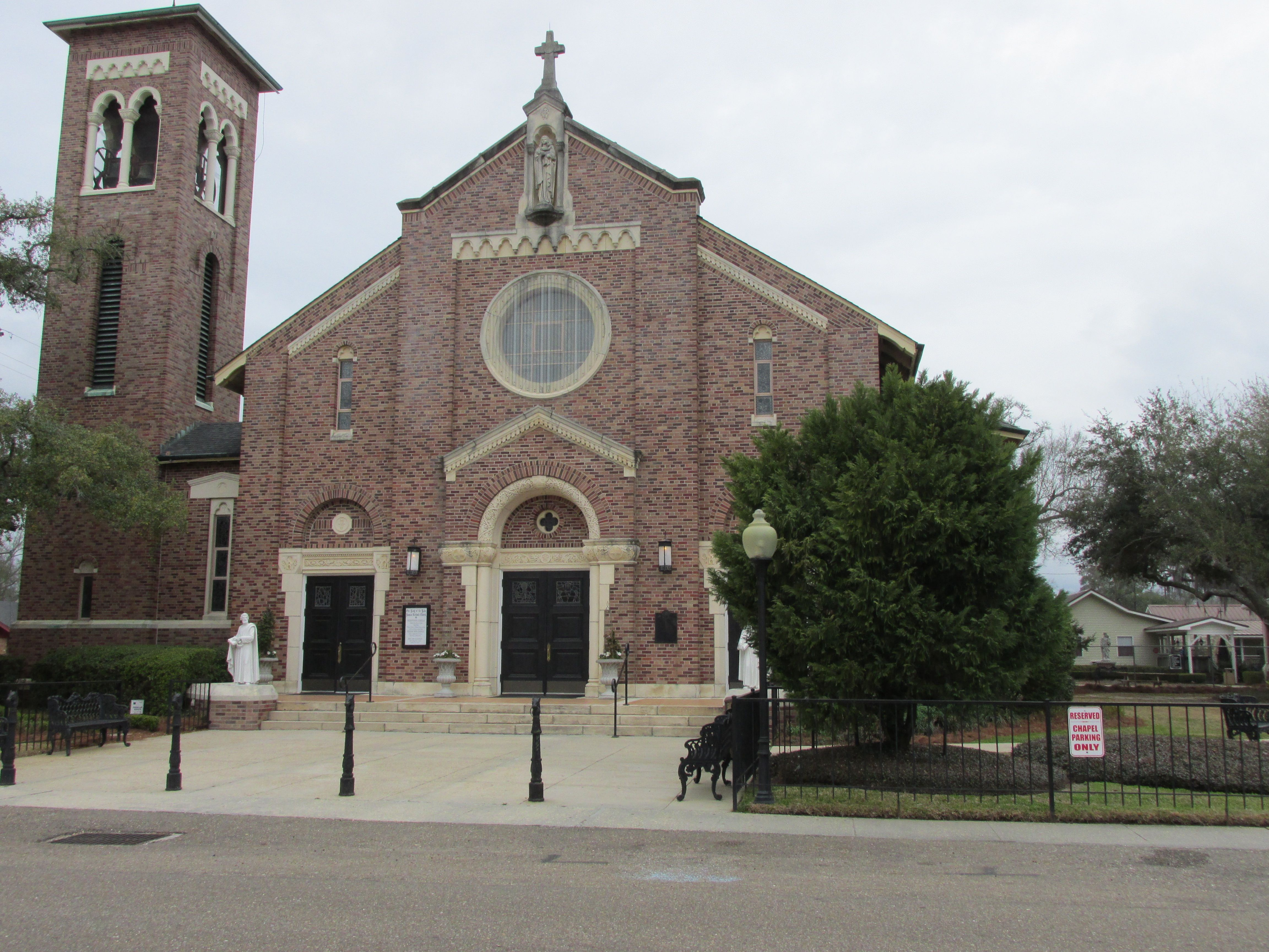 Our Lady Of The Lake Roman Catholic Church In Mandeville La