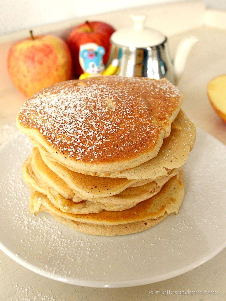 Herbstliche Apple Pancakes mit Zimt - Stilettos & Sprouts