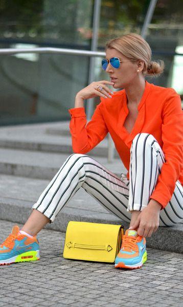 Shot for Fashion En Vogue, via Chictopia.