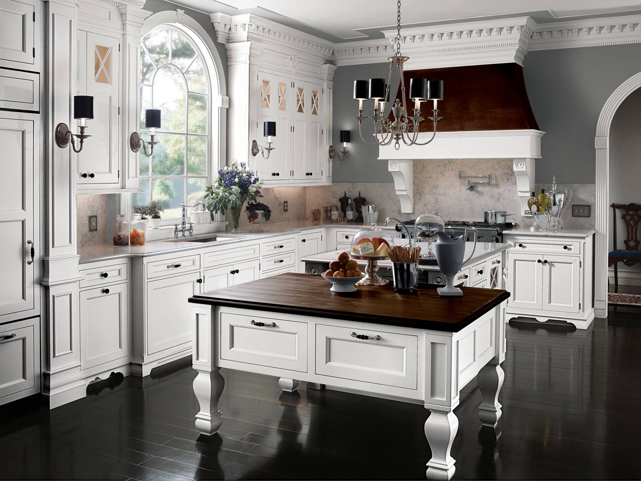 Victorian Inspired Kitchen By Wood Mode A Lesson In