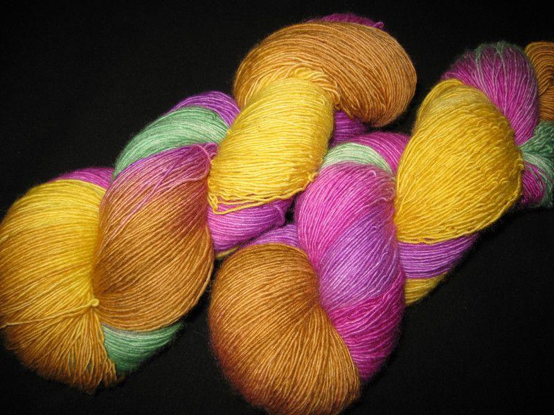 Handgesponnen & -gefärbt - Lacegarn handgefärbt gelb-pink-grün-lila-braun…