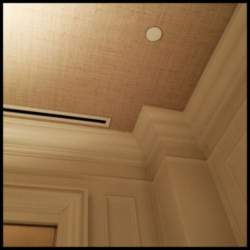 grasscloth/burlap on the ceiling - would love this for the back entry or back half bathroom