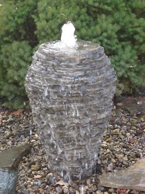 Stacked Slate Vase Bubbler Fountain Landscaping Gardening