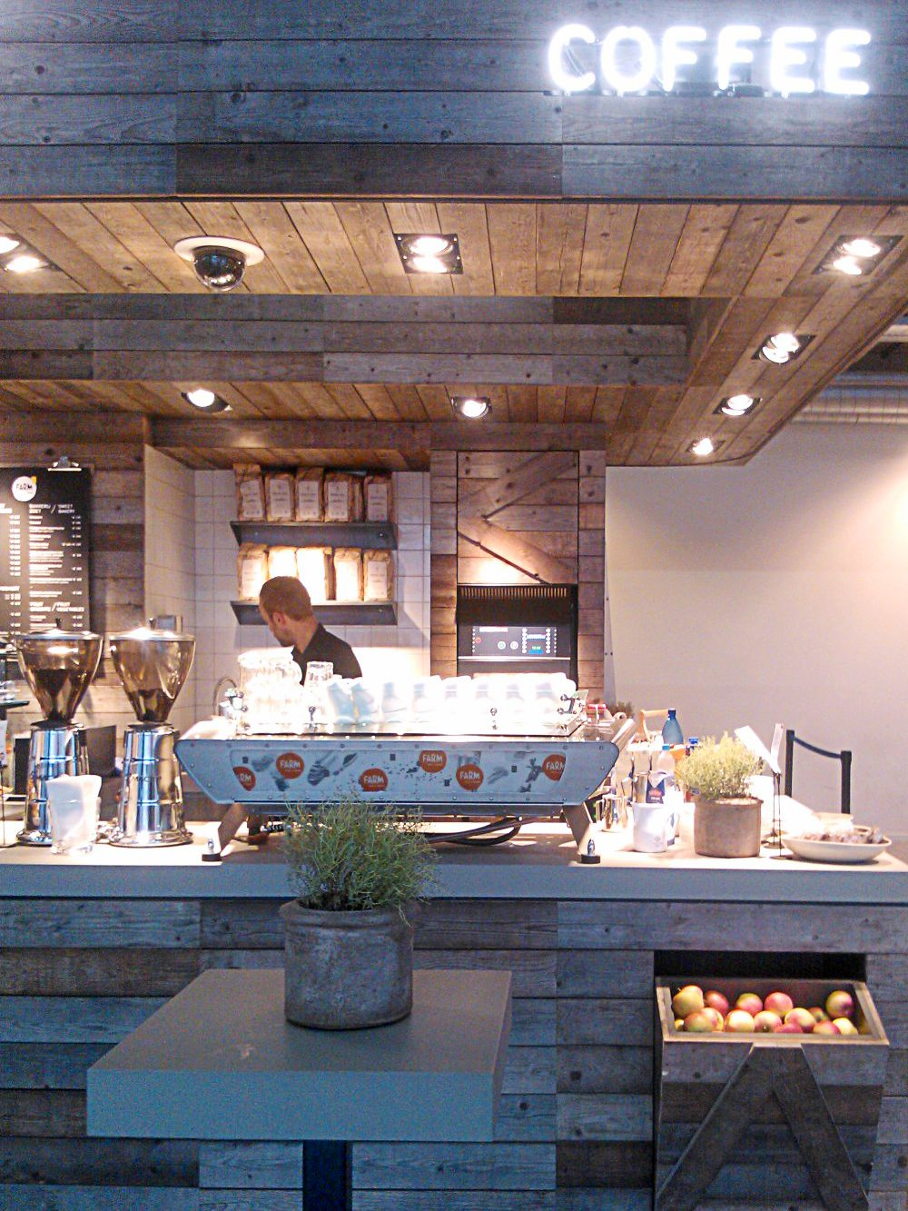 Pin By Mikaela Kirby On Cafe Restaurant Interior Coffee Shops Interior Cafe Design Cafe Interior