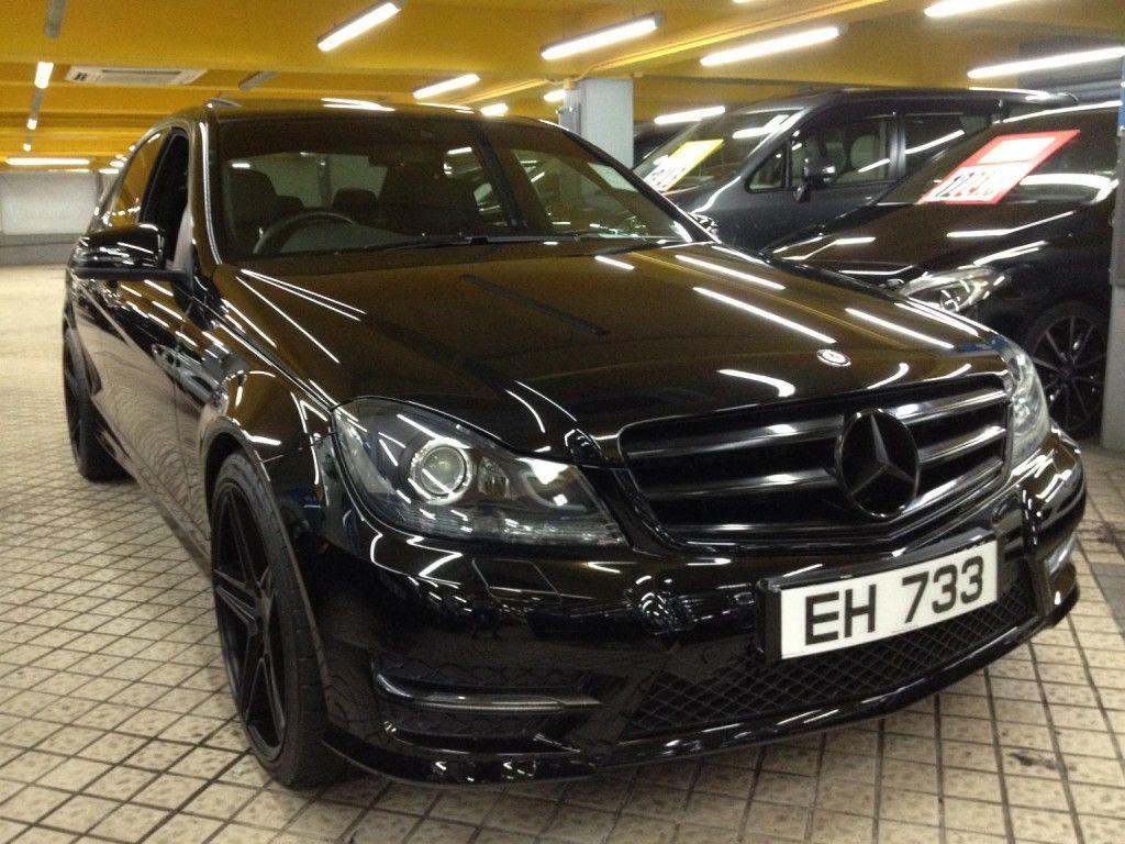 車廠:Mercedes-Benz 型號:C200 AMG EDITION 年份:2013年 傳動:AT+/- 自動加減波 容積:1800cc 車門:4 門 座位:5座 顏色:黑色 手 ...