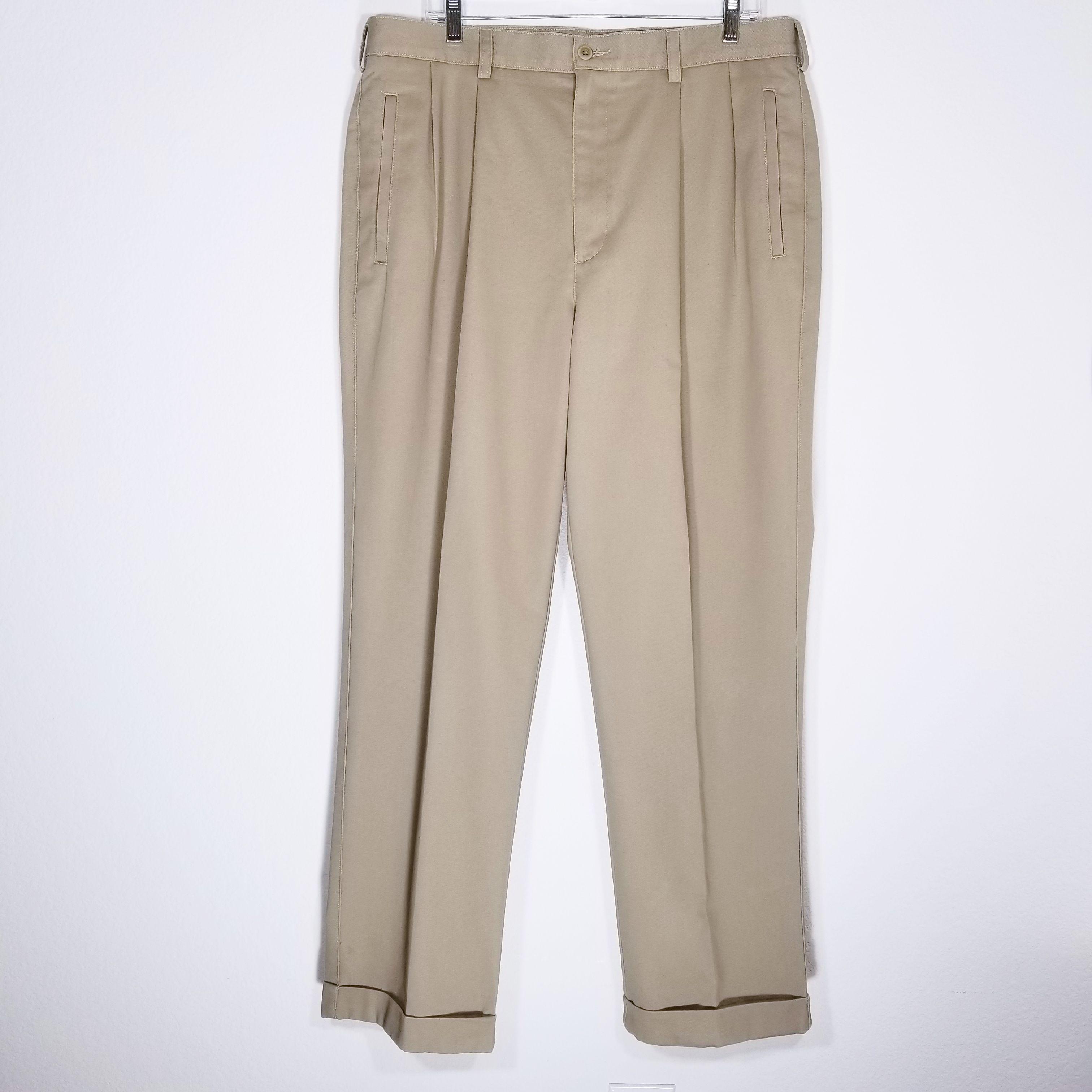 CABELA'S Men's Khaki Dress Pants Size 36x32 Beige Pleated