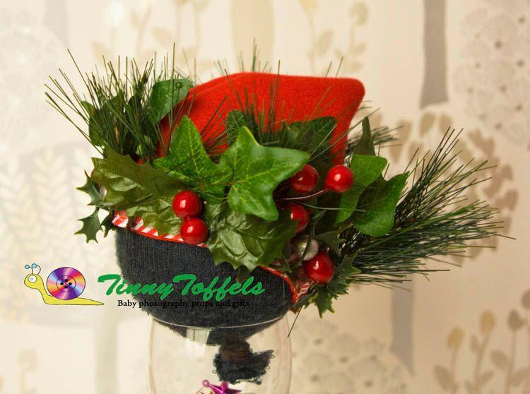 Christmas Pixie/Elf hat, newborn photography prop, *UK seller*, boy girl photo prop, photographie nouveau-né, photographie noel, artificial by TinnyToffels on Etsy