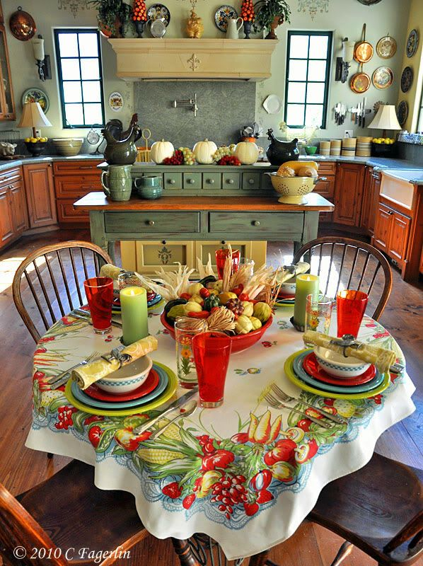 Vintage love....love that table cloth and & Cottage....Vintage love....love that table cloth and table setting ...