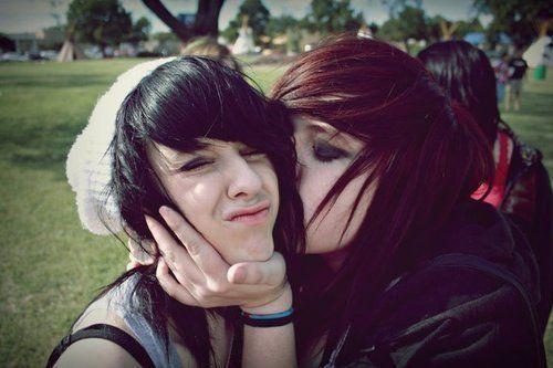 Emo lesbians