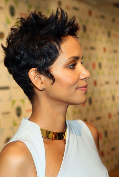 Halleberry Hairstyle Woman Short Haircuts Kurzhaarschnitt Frauen