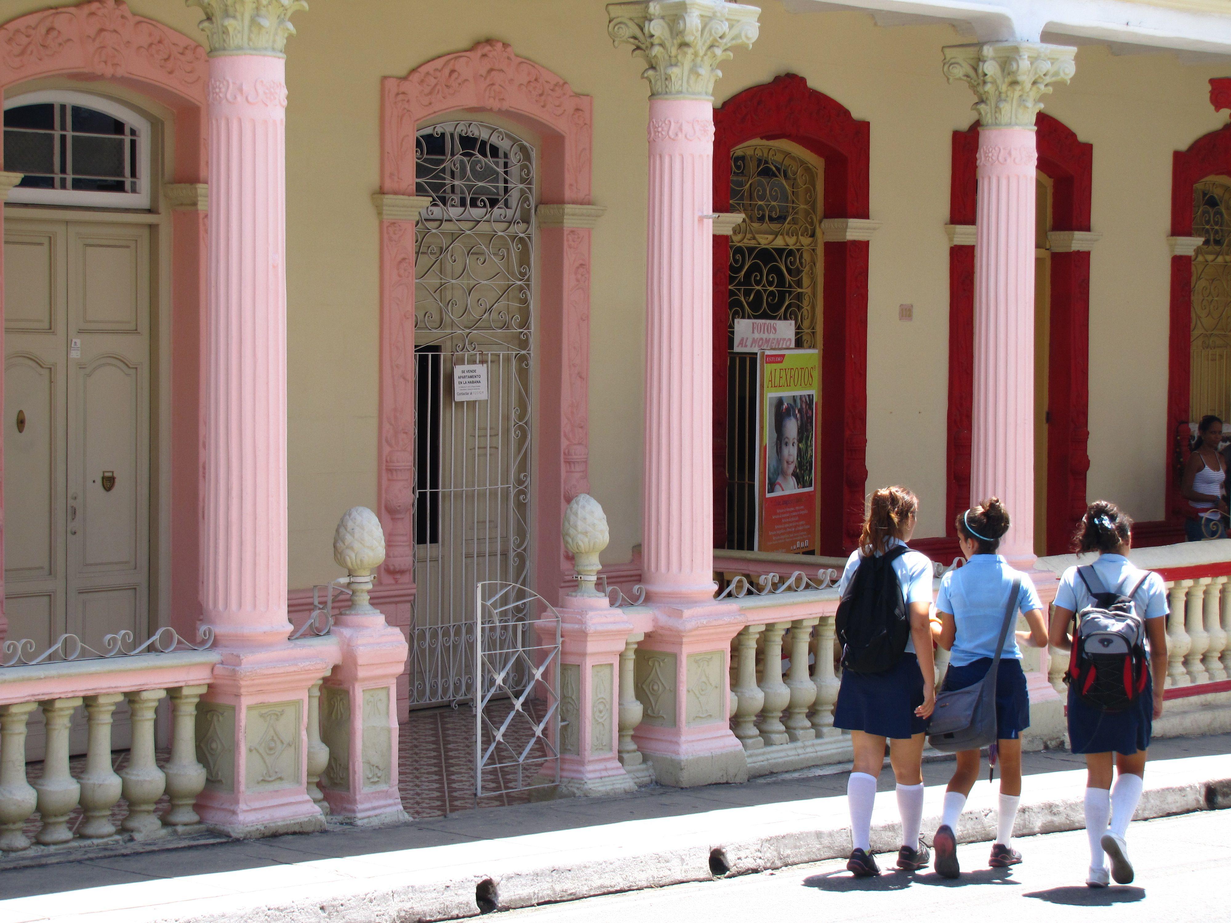 Pinar del Rio, Vinales Valley, Cuba | Cuba, Vinales ...