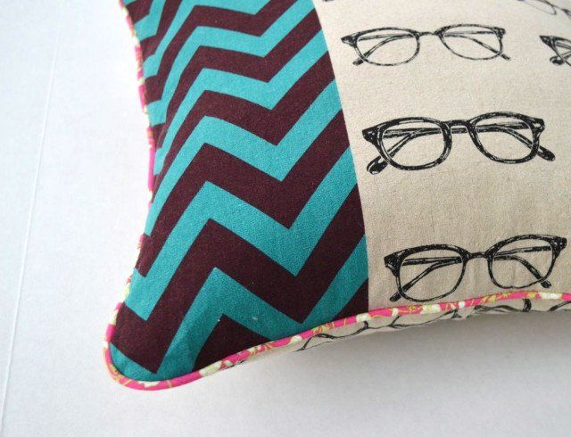 Super Awesome Pink PIping Pillow | made by a happy stitch out of echino and Liberty piping