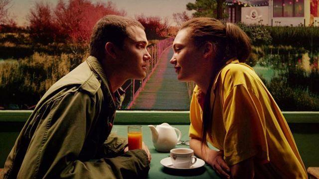 """""""Love"""" - Uma das cenas mais bonitas do filme, exemplo de cores e enquadramento"""
