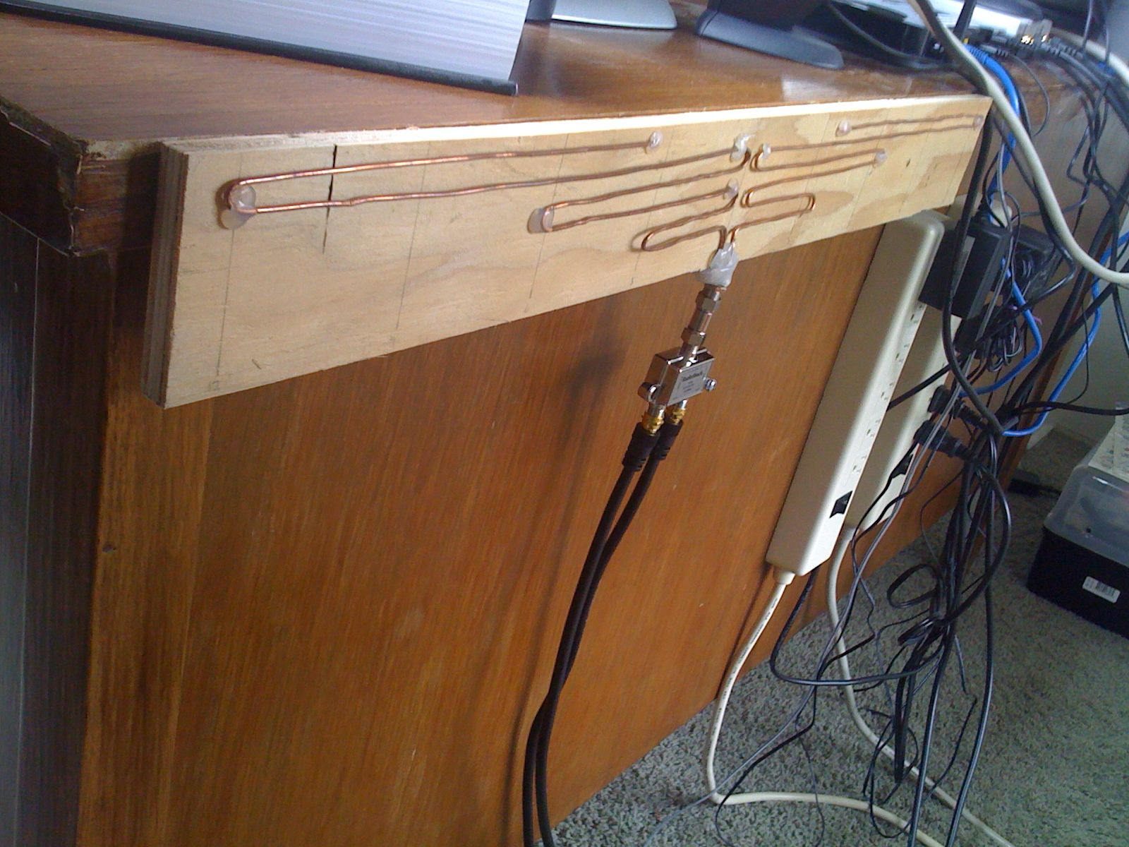 My DIY HDTV antenna (With images) Hdtv antenna, Diy tv