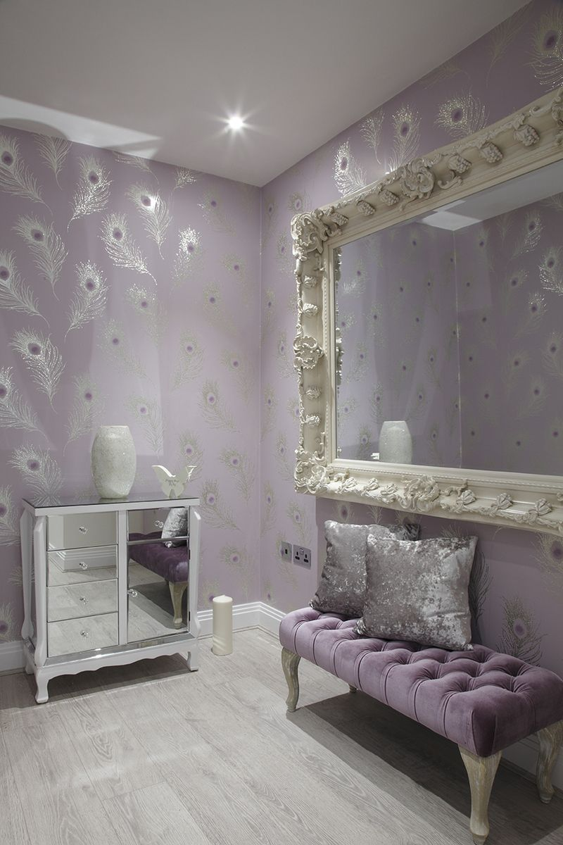 wallpapers in subtle grey with silver shimmery tones