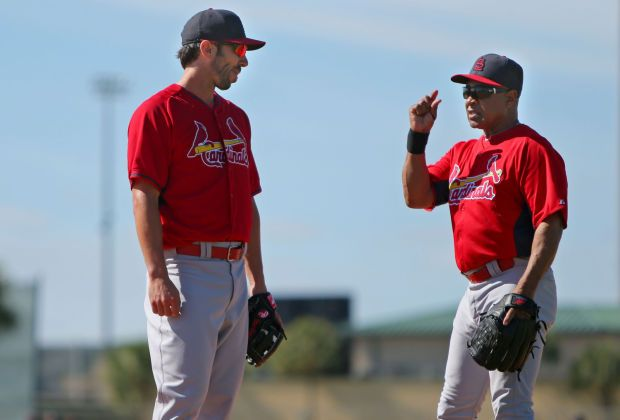 Cards In Camp Ozzie Smith Coaches Carpenter Cardinals Spring Training Cardinals Baseball Baseball