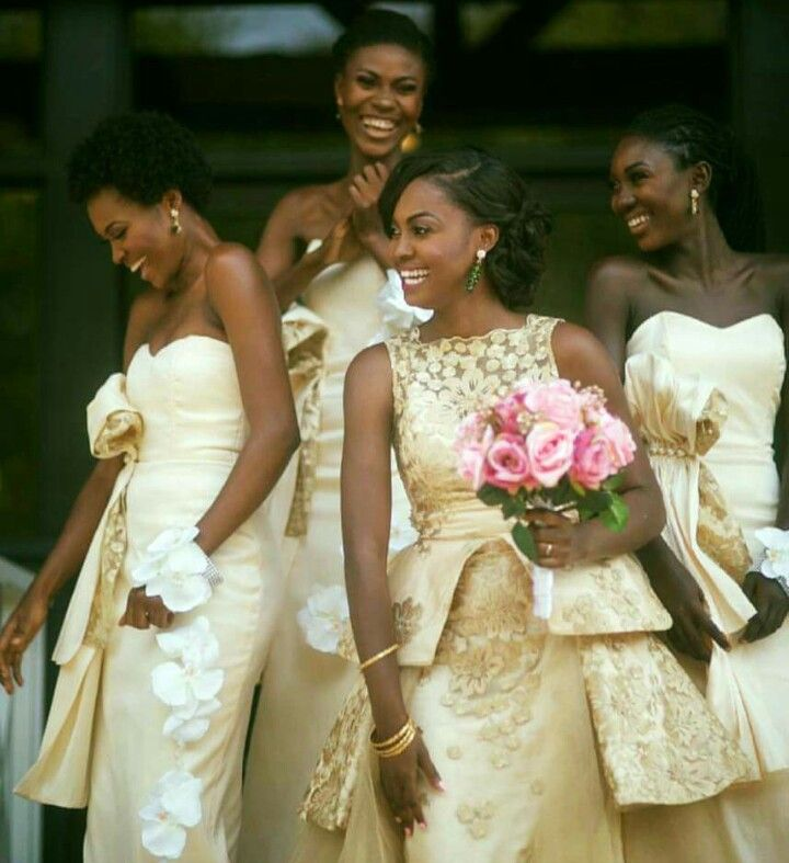 The Bride And Her Ladies In Designs By Fabric Wedding Planners