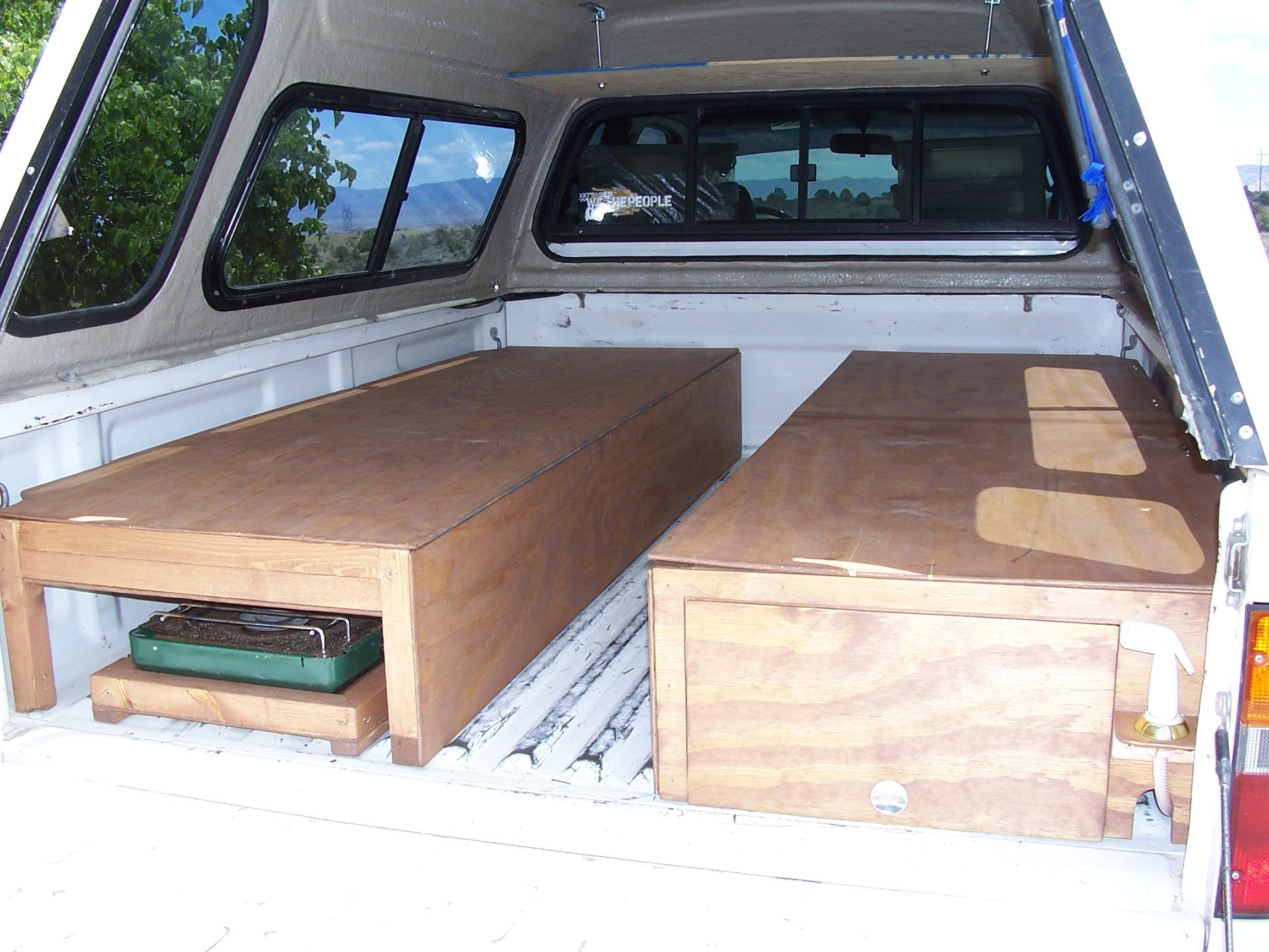 luxury truck bed camper build good locking mechanism idea camping pinterest truck bed. Black Bedroom Furniture Sets. Home Design Ideas
