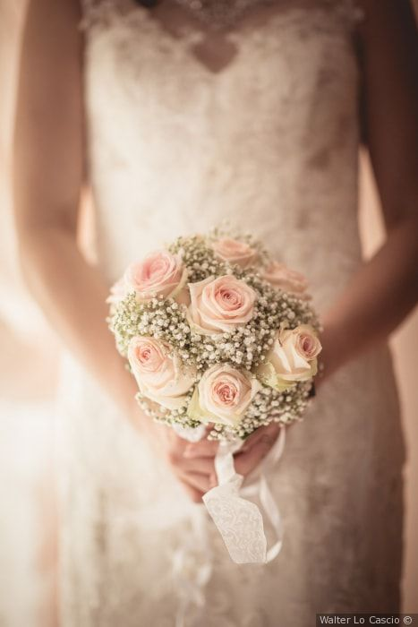 Bouquet Sposa Nebbiolina.Meglio Un Bouquet Di Fiori Freschi O Artificiali Bouquet