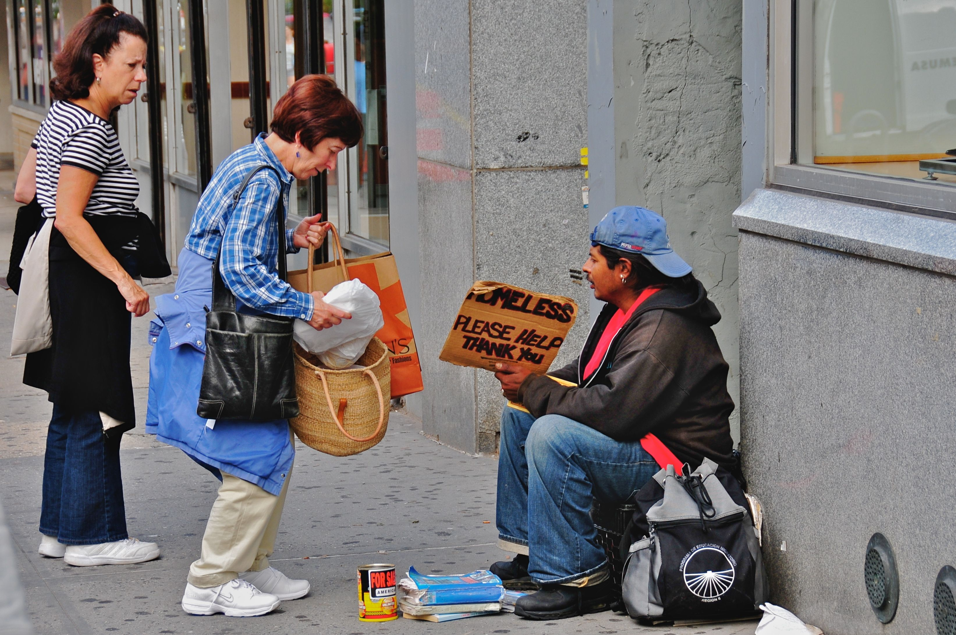 Random Acts Of Kindness Anyone Can Do Helping The Homeless Serve God Homeless