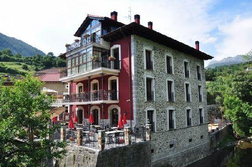 Hotel Rural La Casa del Puente en Cantabria