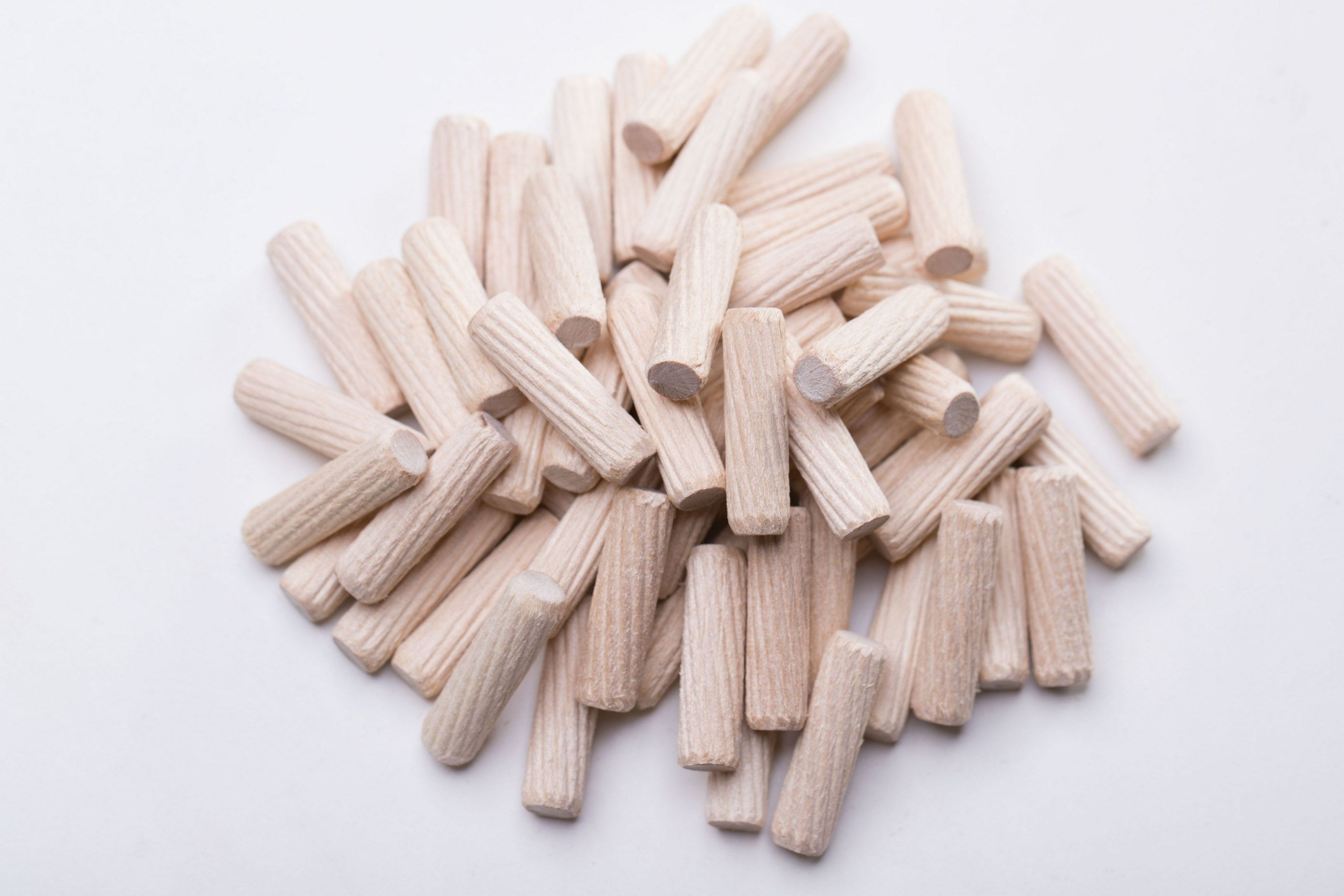 Wooden Dowel Made Of Wood Of Birch Ribbed Surface Beveled Edges The Length Of 35 Mm Diameter 8mm Purpose Used As Wood Joinery Furniture Hardware Dowels