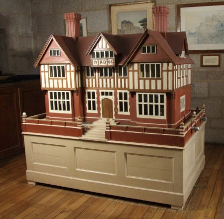This 1906 doll's house boasts running water and electricity and was designed for Mary Drewe by an estate carpenter at Wadhurst Hall. Should love to know more about the running water!
