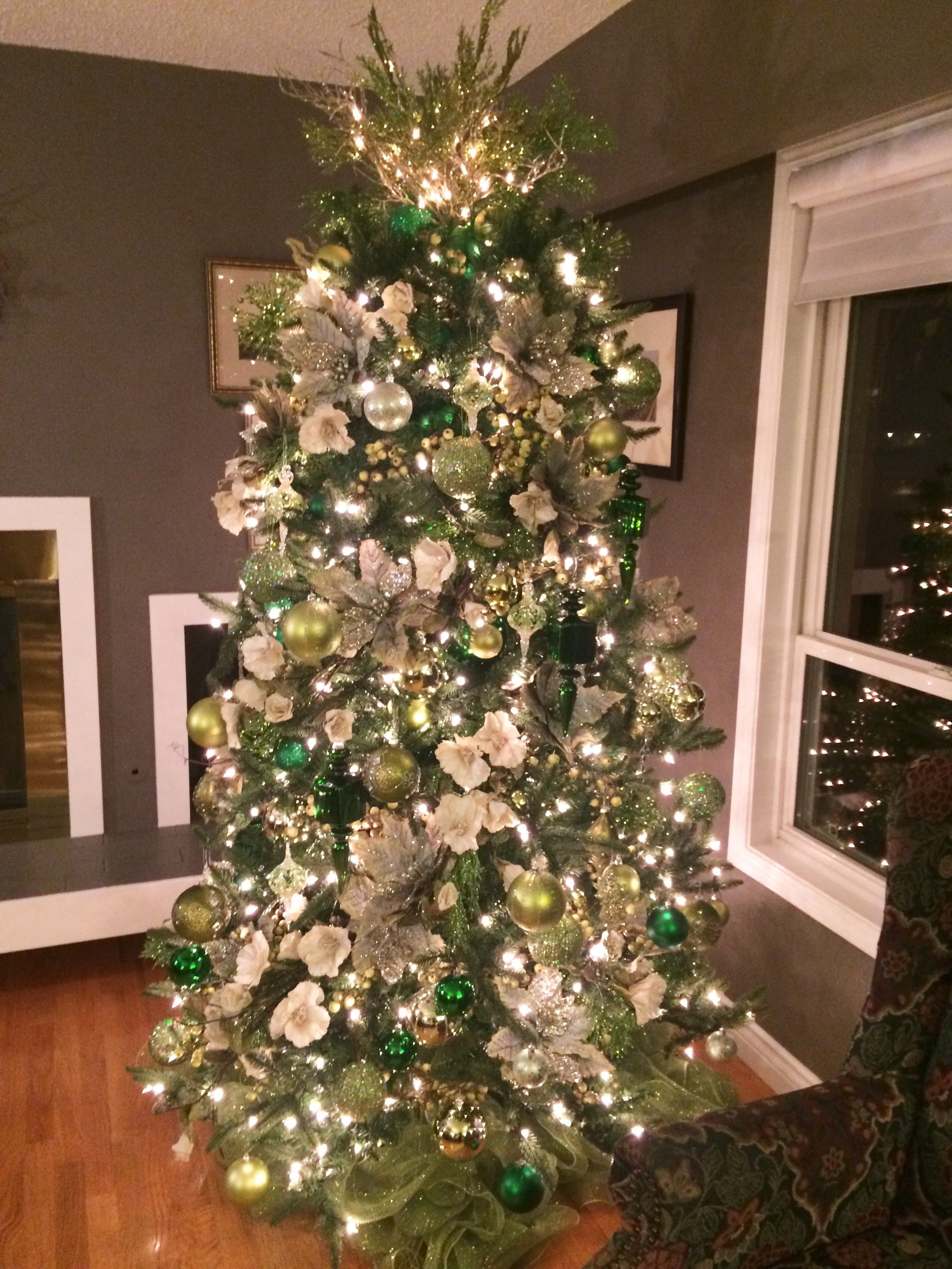 Beautiful Green And Ivory Tree Christmas Tree Decorations Green Christmas Tree Christmas Tree Themes