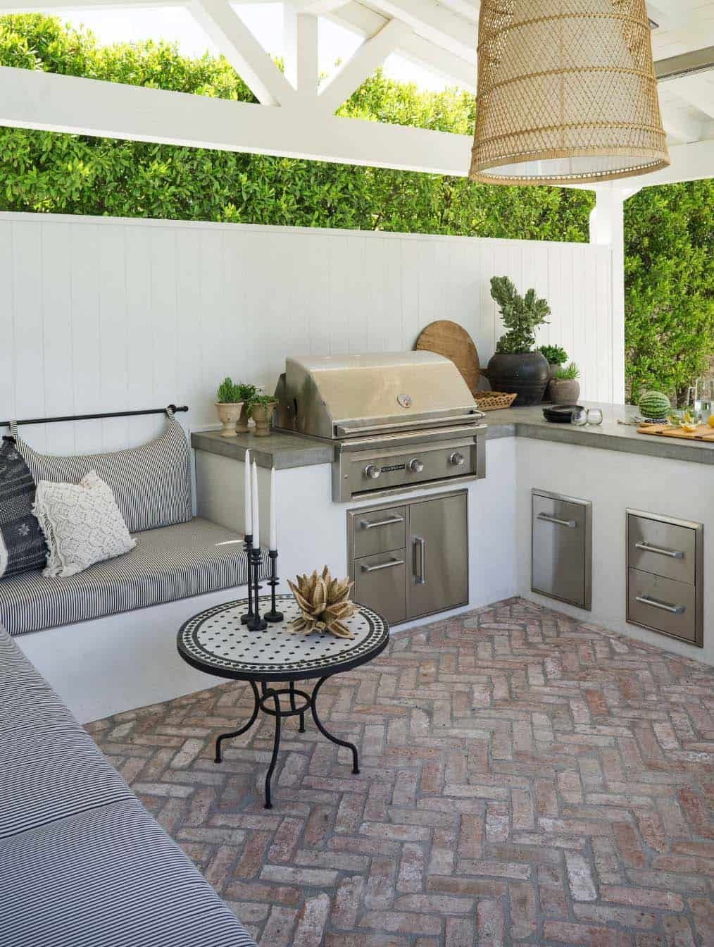 38 Absolutely Fantastic Outdoor Kitchen Ideas For Dining Al Fresco Outdoorkitchen In 2020 Outdoor Kitchen Outdoor Kitchen Patio Outdoor Kitchen Design