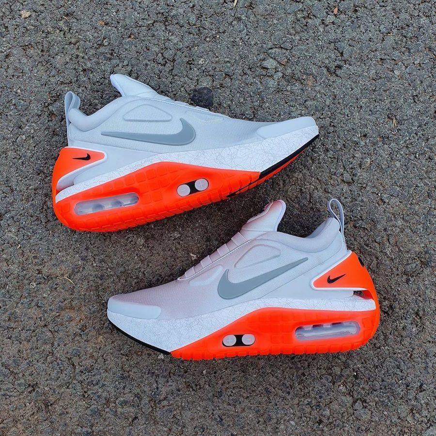 Nike自動シューレース機能搭載の新型 Adapt