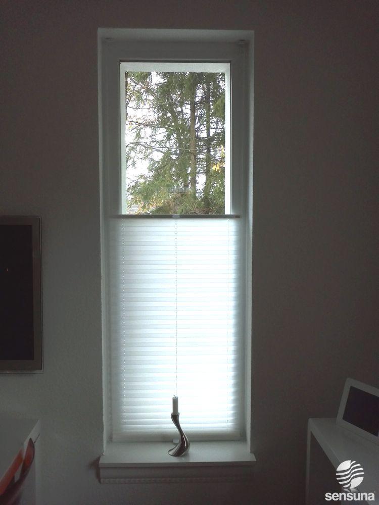 Sichtschutz und moderne Fensterdeko zugleich - gelingt mit weißen - folie für badezimmerfenster