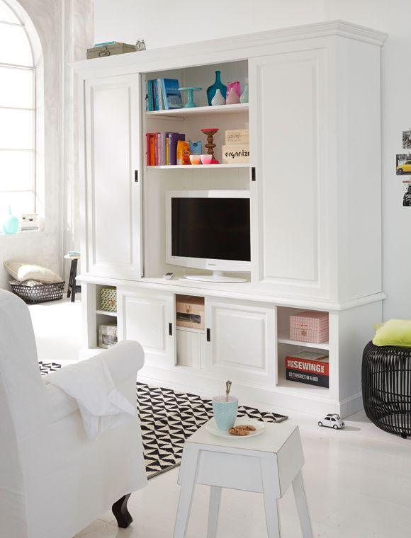 Unser TV Schrank im Landhaus Stil bietet hinter 4 Schiebetüren ...