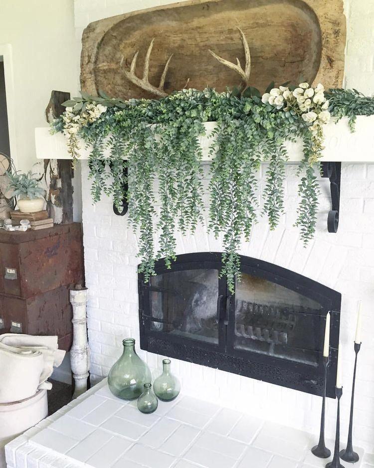 24 Fall-tastic Fireplace Decor Ideas – Captain Decor #homedecorinspo #fireplacedecor