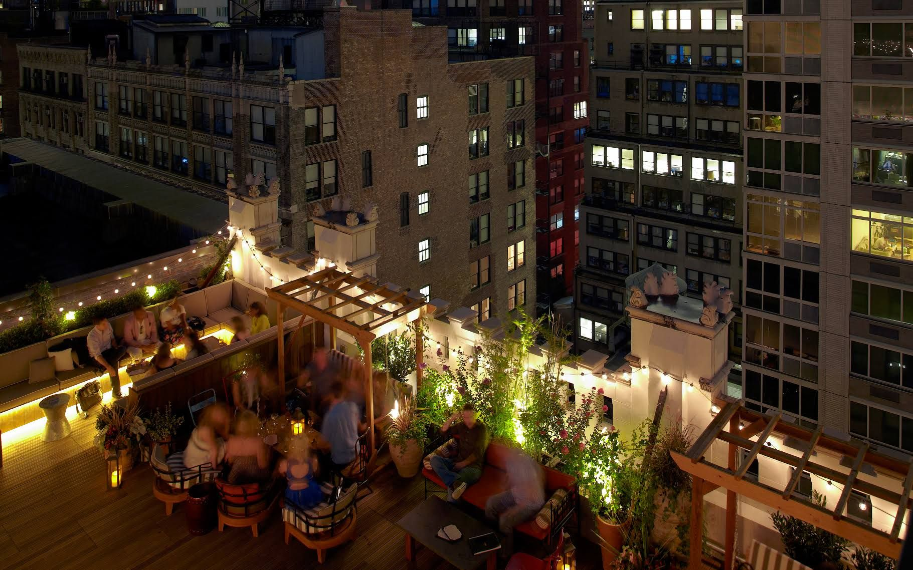 Best Rooftop Bars in NYC: Refinery Rooftop | New York City Guide ...