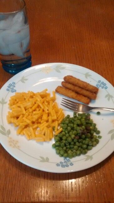 Quick dinner fish sticks macaroni and cheese steamfresh peas and quick dinner fish sticks macaroni and cheese steamfresh peas and mushrooms and a forumfinder Choice Image