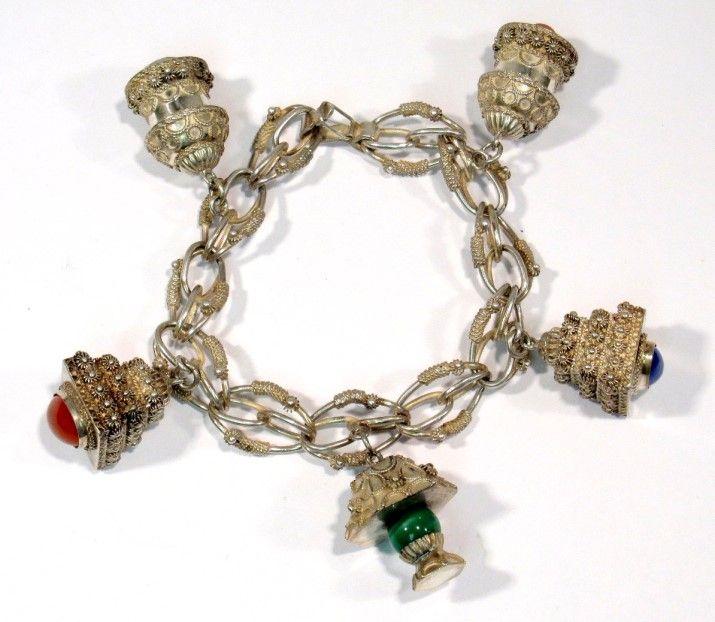 Vintage Etruscan Style 800 Silver Italian 5 Charm Bracelet