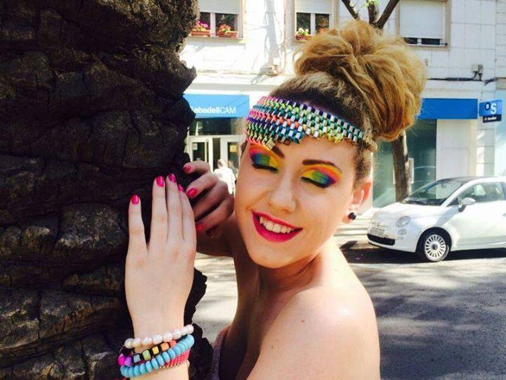 Técnicas de maquillaje adaptado a la fotografía en color.  Alumnas de Estética Decorativa y Asesoría de Imagen Personal #AsesoriaDeImagenPersonal #EsteticaDecorativa