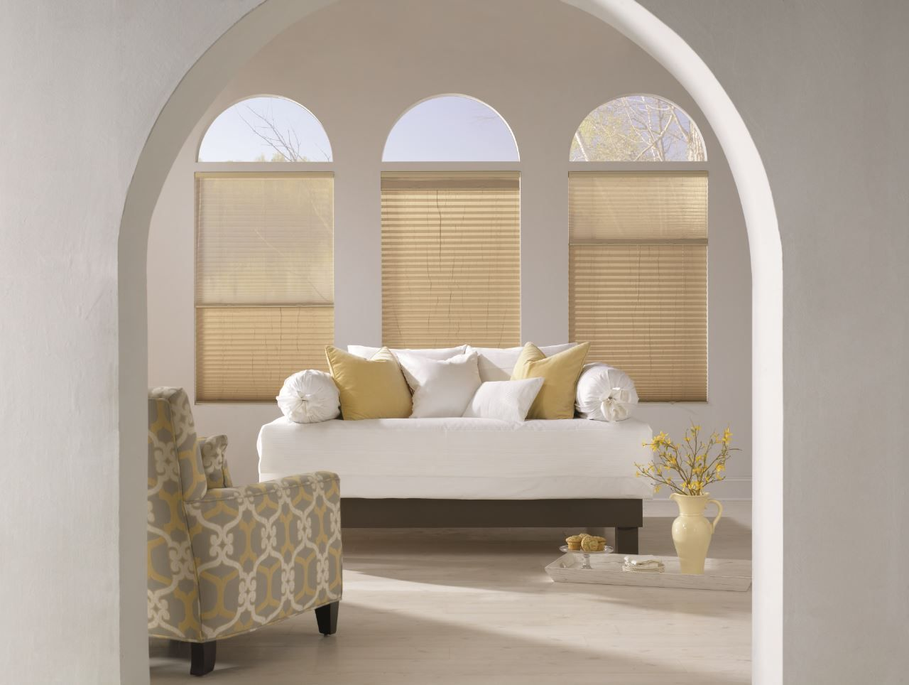 Cordless Sun Up Sun Down 1 Pleated Shades In Eggshell Arched Window Coverings Arched Window Treatments Small Window Treatments