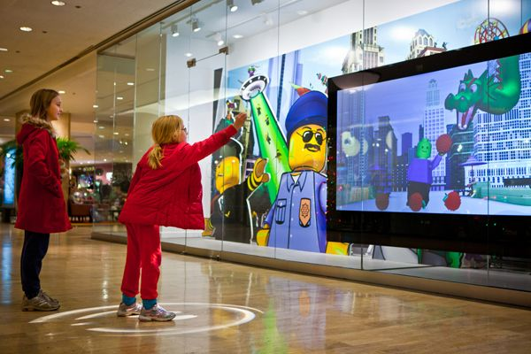 LEGO's Interactive Window : Intel Showcases 8 Items to Usher In the  'Experiential Retail' Revolution | Interactive retail, Interactive display,  Experiential marketing events