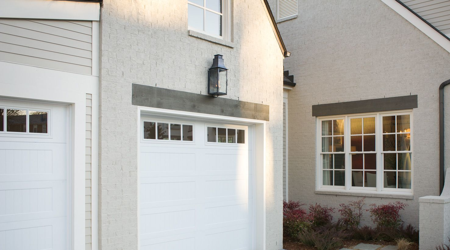 Hgtv smart home 2014 garage exterior sw 7028 - Exterior house paint colors 2014 ...