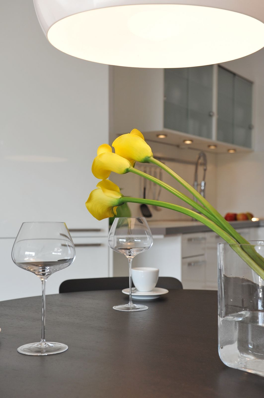 Flowers for a beautiful kitchen