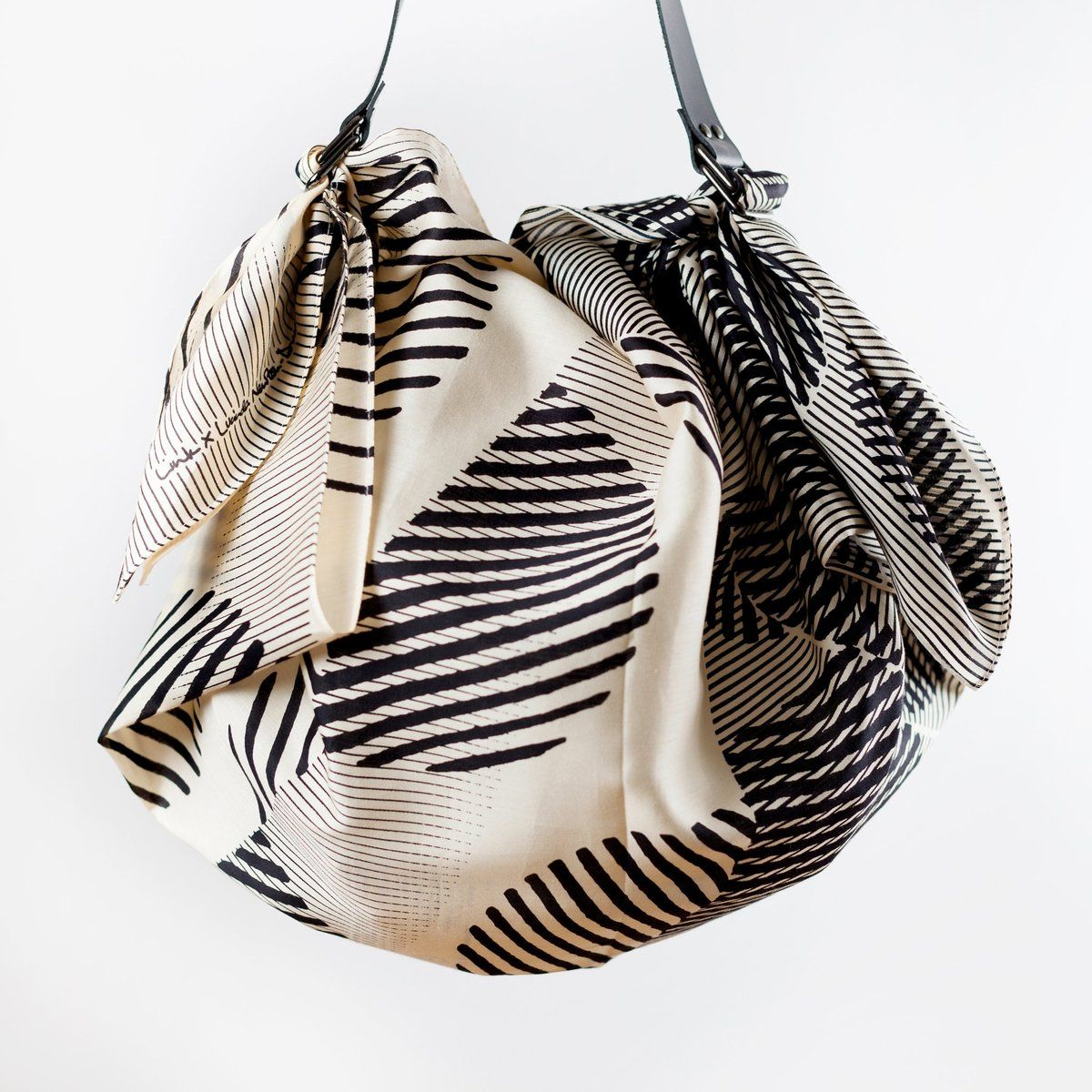 """Dots"" Black Furoshiki Bag Set (With images) Black"
