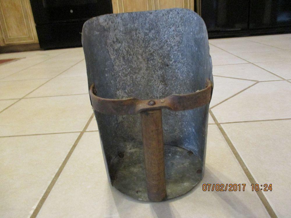 NEW! Primitive Country Rustic Vintage Metal Barn Grain Scoop W// Wood Handle