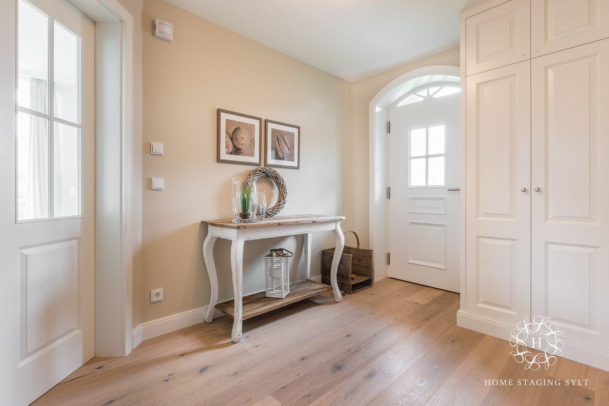 Pin von valenzi auf Wandgestaltung Home staging