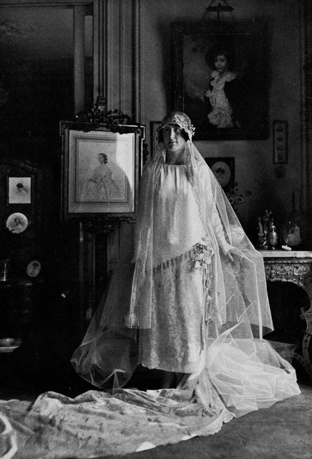 vintage everyday: 42 Glamorous Wedding Dresses from the 1920s and 1930s