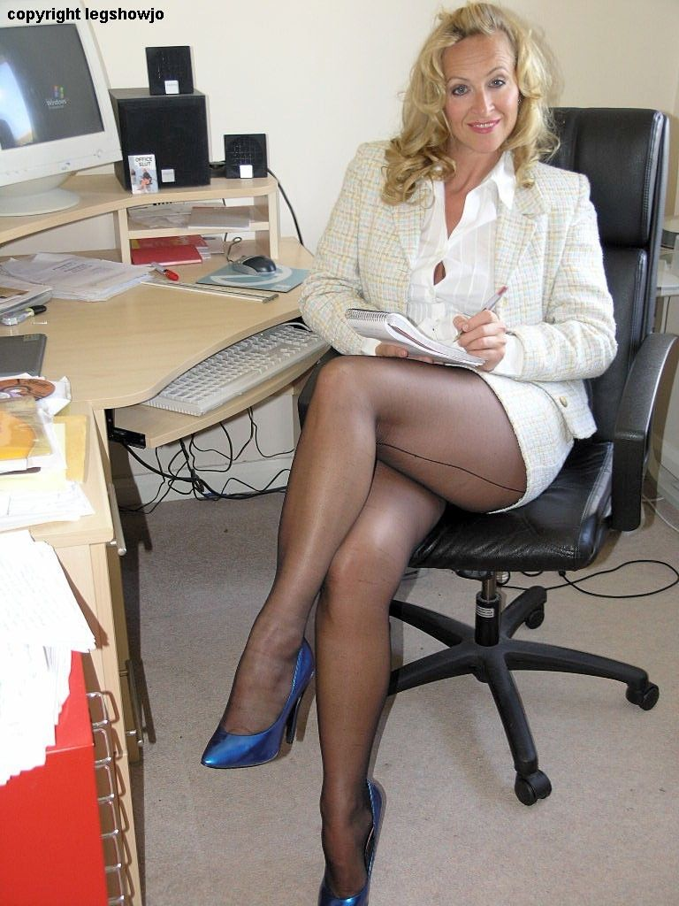 Pics Office Mature 21