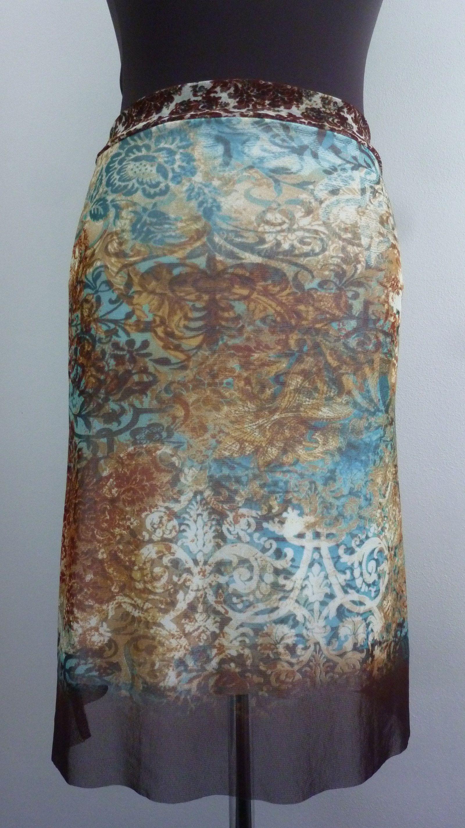 fe0bdcfdbec4 simplicité sukně